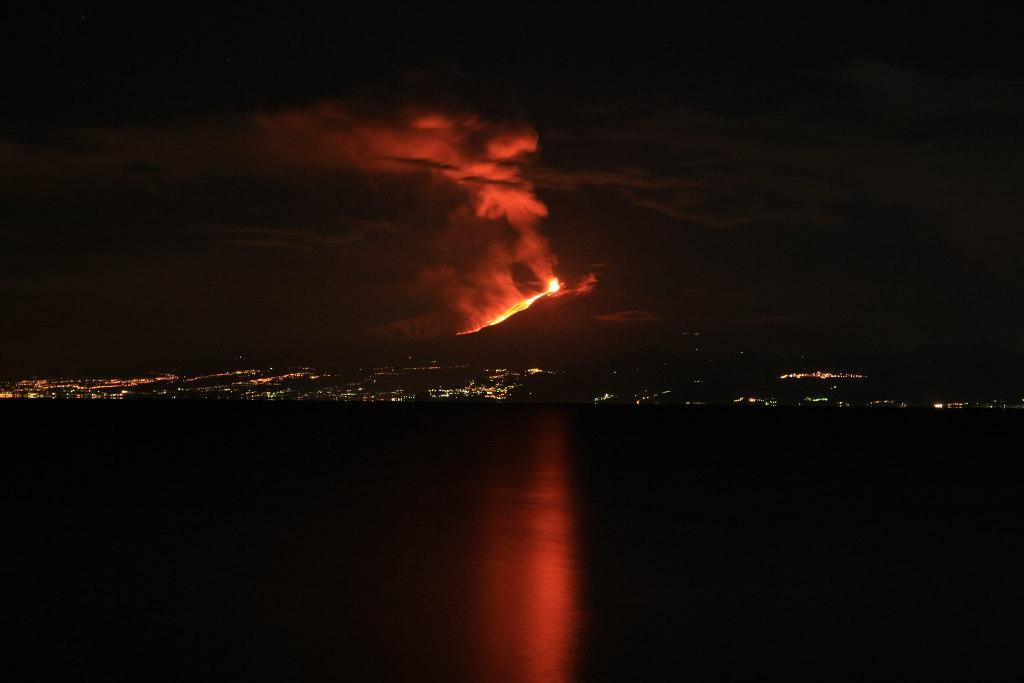 Etna Eruzione 13-01-2011.