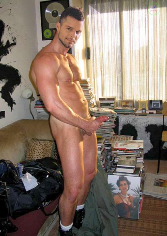 Ricky Martin Nude On Stage