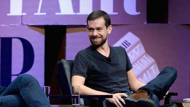 Jack Dorsey is officially named Twitter's CEO http://t.co/5K4Nbl7eup http://t.co/xjkZoMj1lf