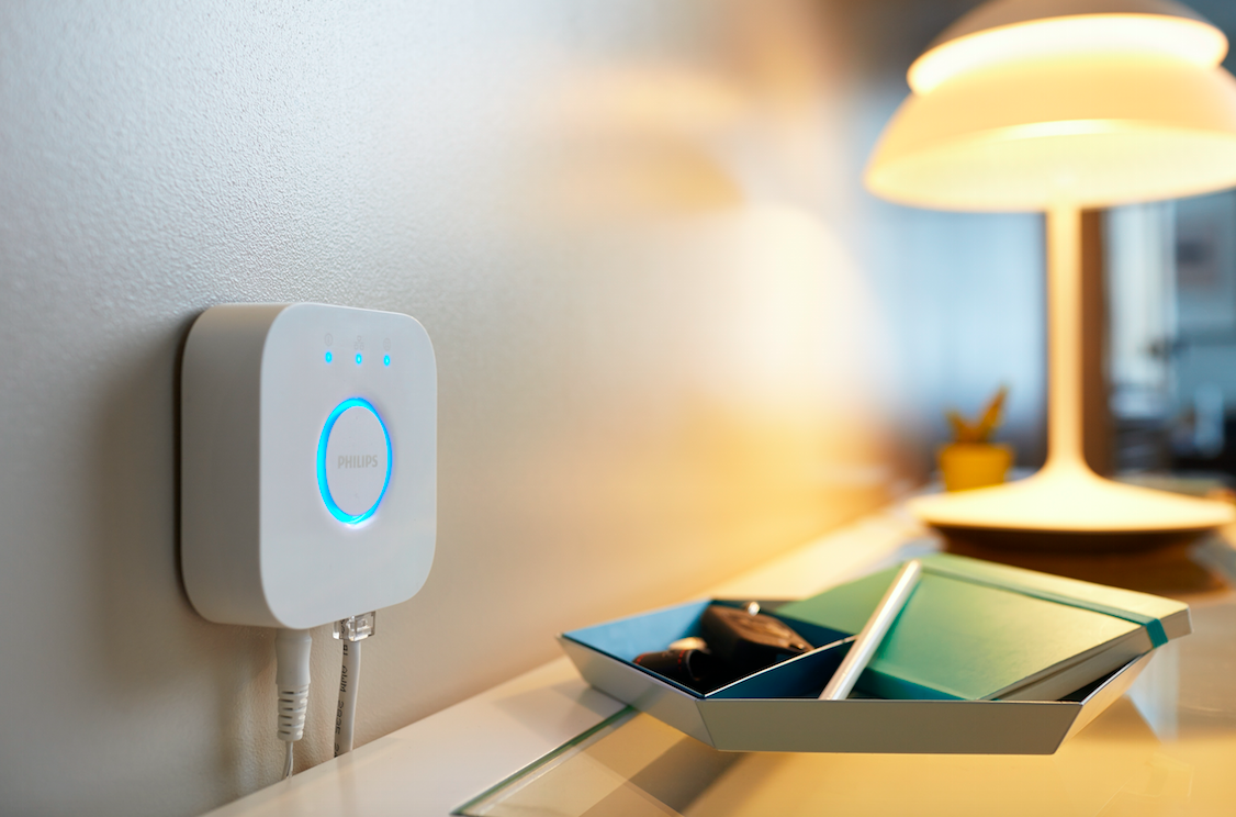 RT @TheNextWeb: Control your lights with Siri using Philips Hue Bridge 2.0 http://t.co/hp0OuBPCwG http://t.co/BS8bN5ktcl