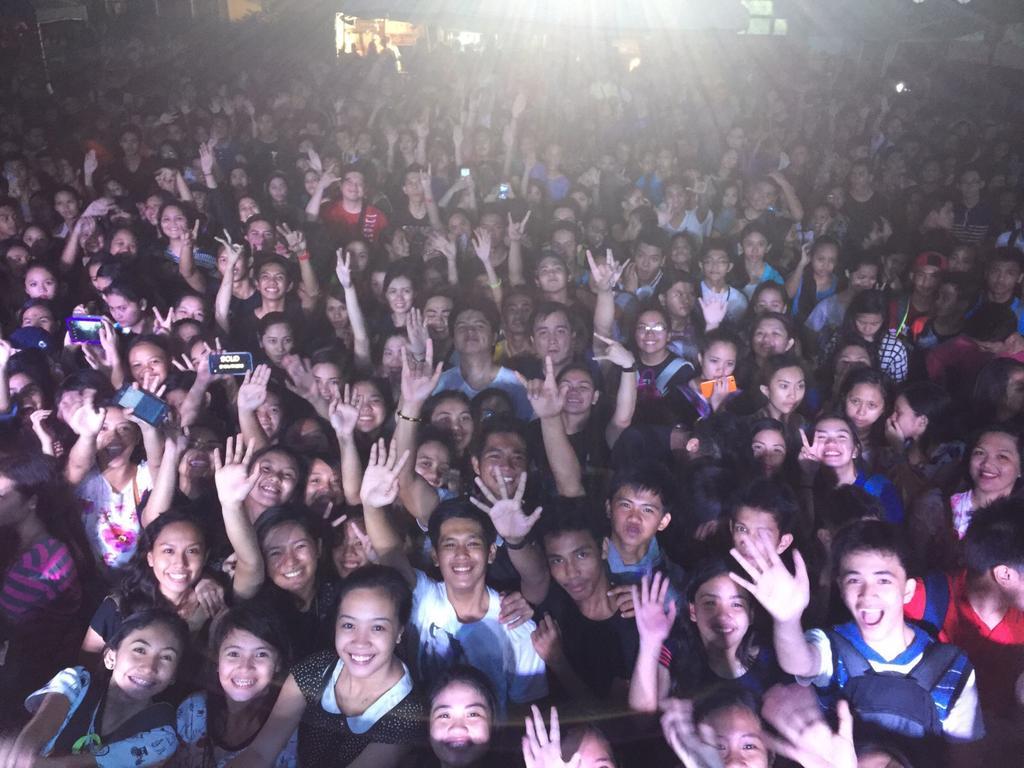 Thank you ulit Laguna College ang saya ng gig kagabi! #WalangPasok #WalangPasokMaySakitSiMam