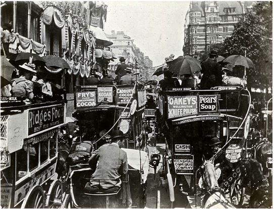 Fascinating Photos Of London In The Victorian Era
