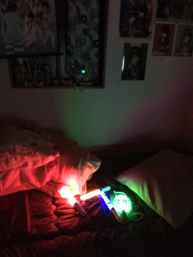 鵜沢氏 賃貸の部屋の照明がつかない事を問い合わせ 機械自体が壊れた可能性が高い事が発覚 交換もしくは修理対応になり土日まで部屋が暗い事が確定 #まだ火曜日