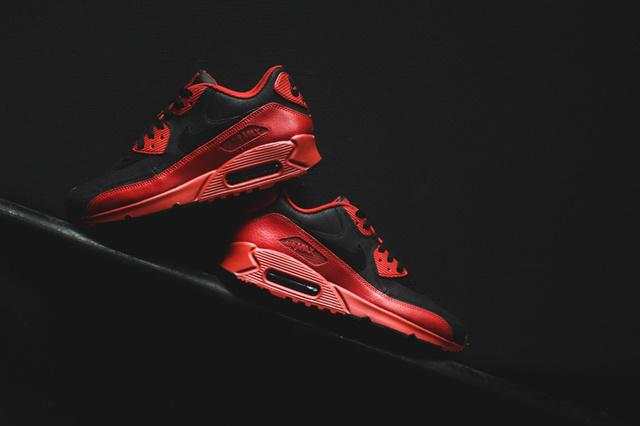 96ea327af3823  Nike  AirMax90WinterPRM –  GymRedBlack  http   sneakerfreakermagazine.ru rus  p 62349 pic.twitter.com aOQK6gD3iG
