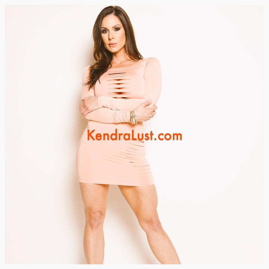 Come Meet @KendraLust at @EXXXOTICA Nov. 13-15! She will be at the hottest booth @VRodProductions @LilveronicaR http://t.co/am7XUMJGIc #RT