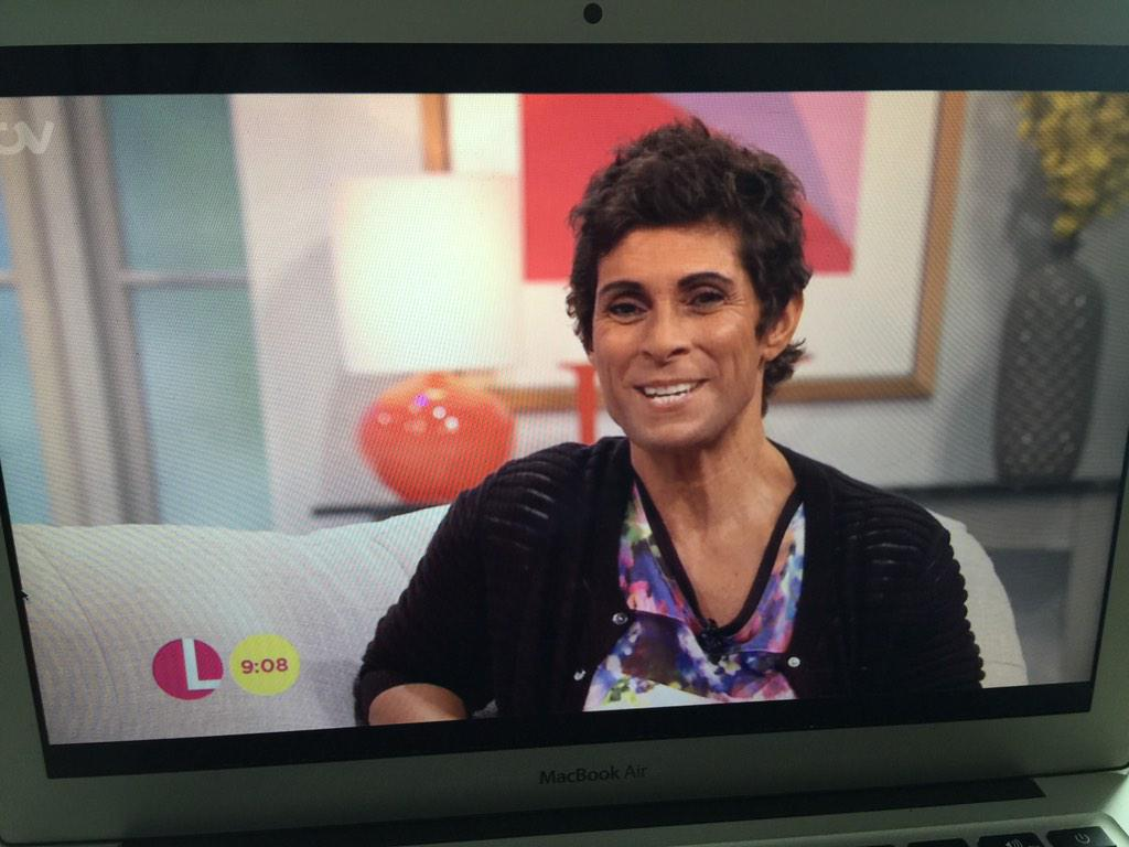 So good to see @AndyDayTV on @ITVLorraine today 😂 http://t.co/Gh73QzFsIW