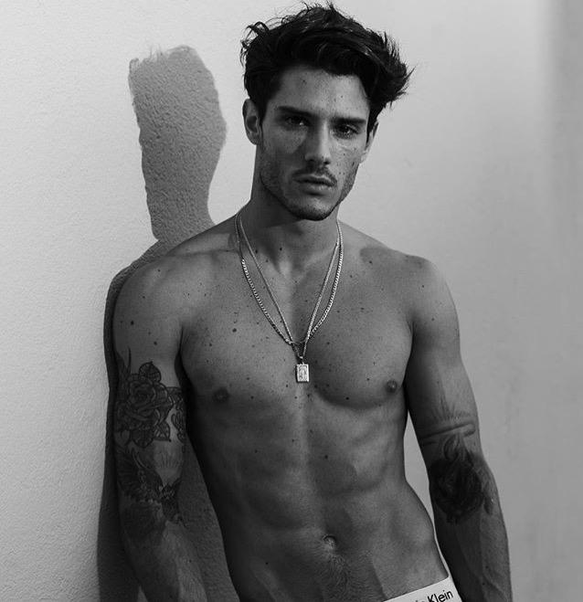 Images of sexy male models