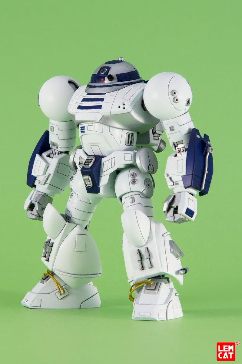 イタリアのモデラーが戦闘型R2-D2を作ったらしいw なんとたくましいR2-D-2!記事によるとガンダムとR2-D2のプラモを合成しちゃったらしい(;∀)w pic.twitter.com/6lzINRvrse