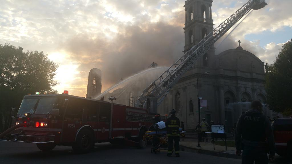 CFD: #Woodlawnfire not suspicious #ShrineofChristtheKing under renovations. Possible start- Choir loft. @fox32newspic.twitter.com/CFtqLxW0qd