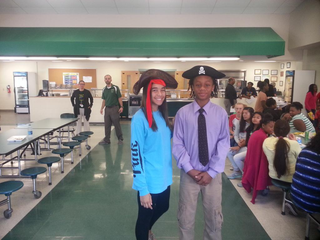 The Pirate King and Queen of The Swashbucklers http://t.co/LWbyCKUwwk