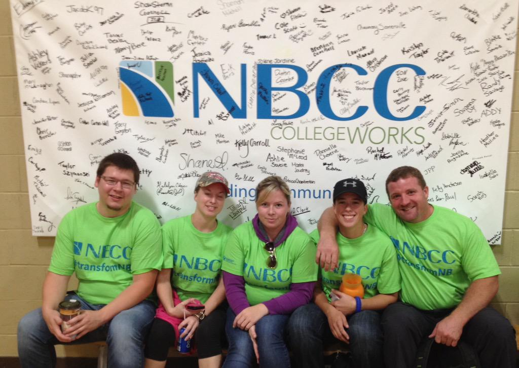 Students at NBCC Miramichi getting ready to head out & volunteer at over 15 different locations today. #transformNB http://t.co/OfUBp03WLf