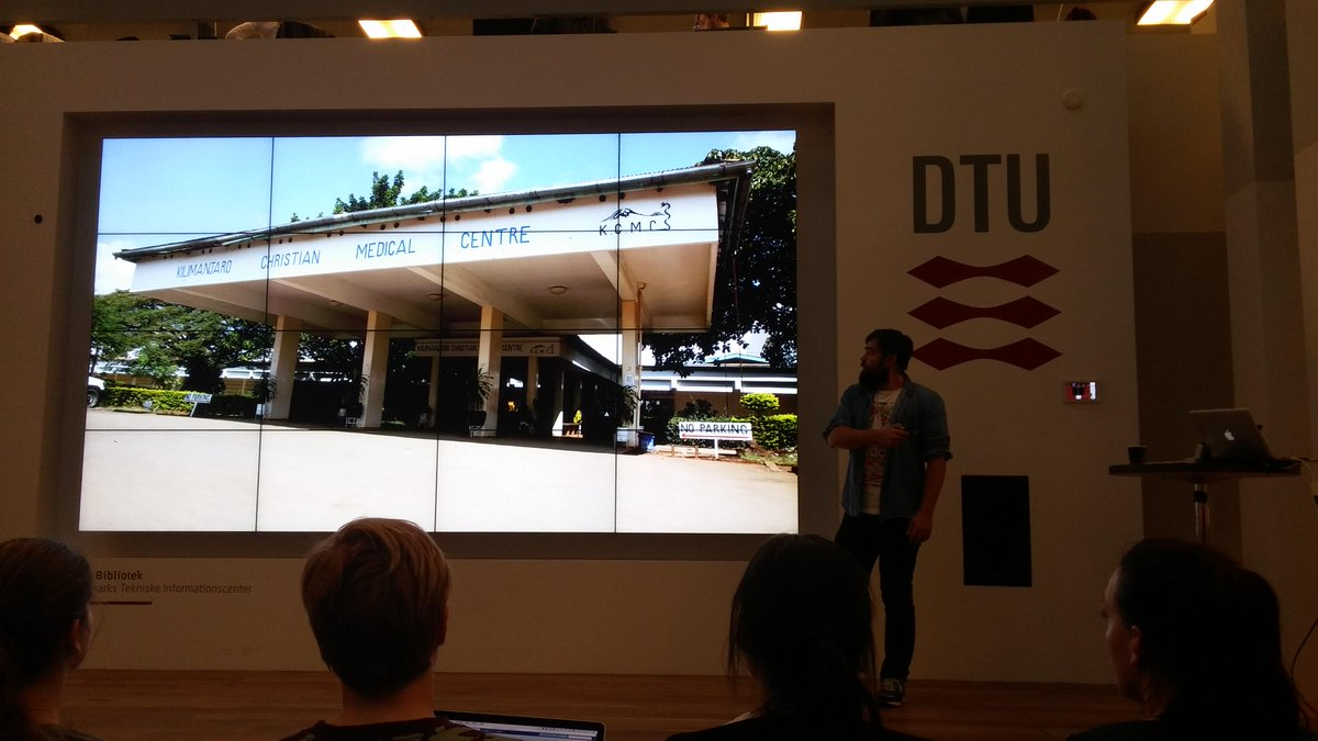 EWH DTU Talks at the library in Lyngby about how you can help others and learn! #DTU #EWH #WorldEngineering pic.twitter.com/H4Wi75yYIH