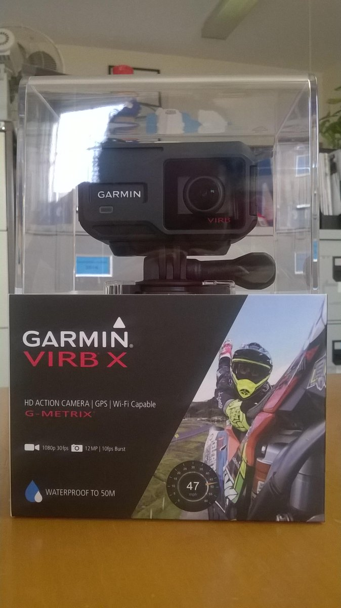 Excited to give away a #GarminVIRB camera thanks to @GarminUK  - RT for your chance to win https://t.co/wkRXYmBsVS http://t.co/HxvE2kBMqM