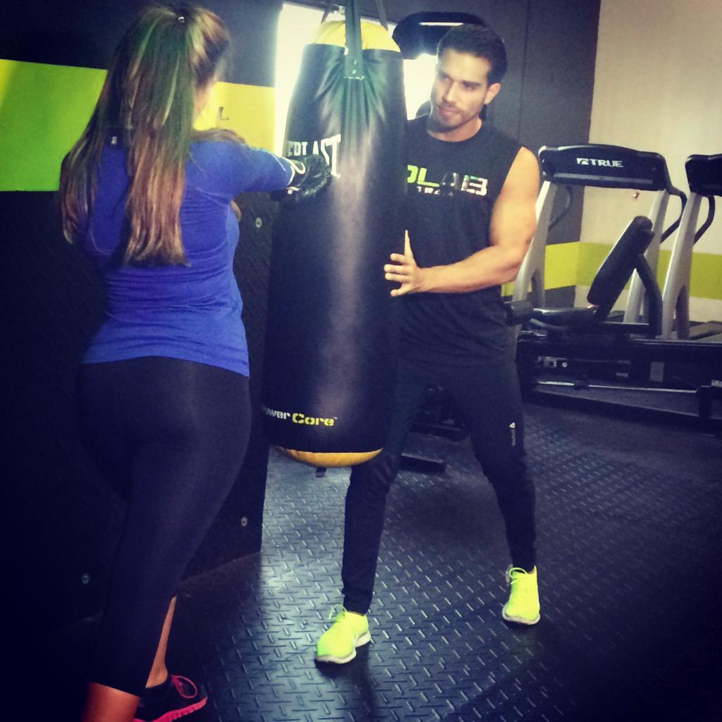¿Pueden adivinar a cuál estrella va a entrenar #DarianAlvarez para nuestra edición Nov/Dic de #EntrenandoCon?