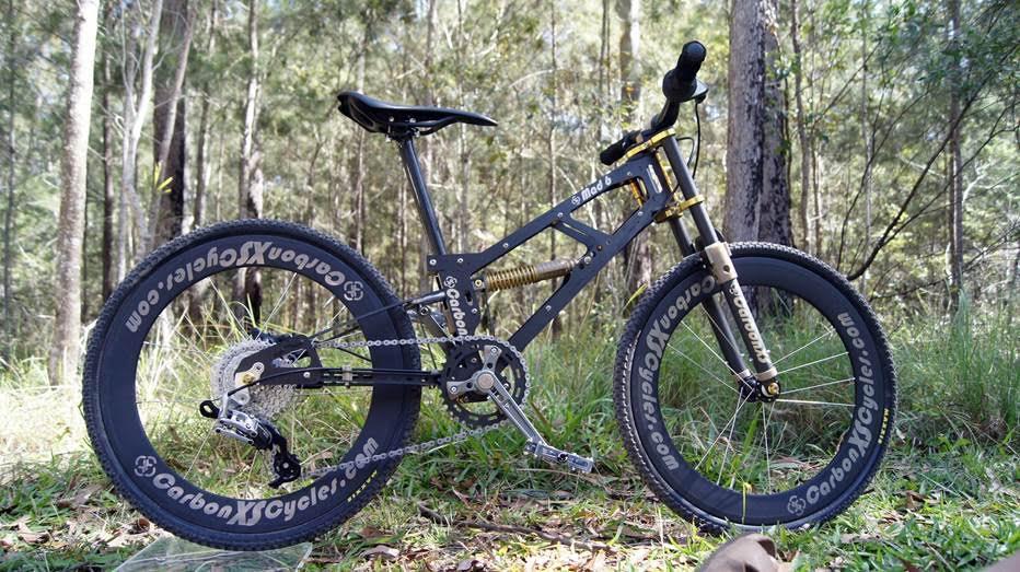 559f072eabb Lightest Carbon Kid's Full Suspension Bike? http://t.co/kmCGxTYH1g  http://t.co/Ksd6Sdz59p