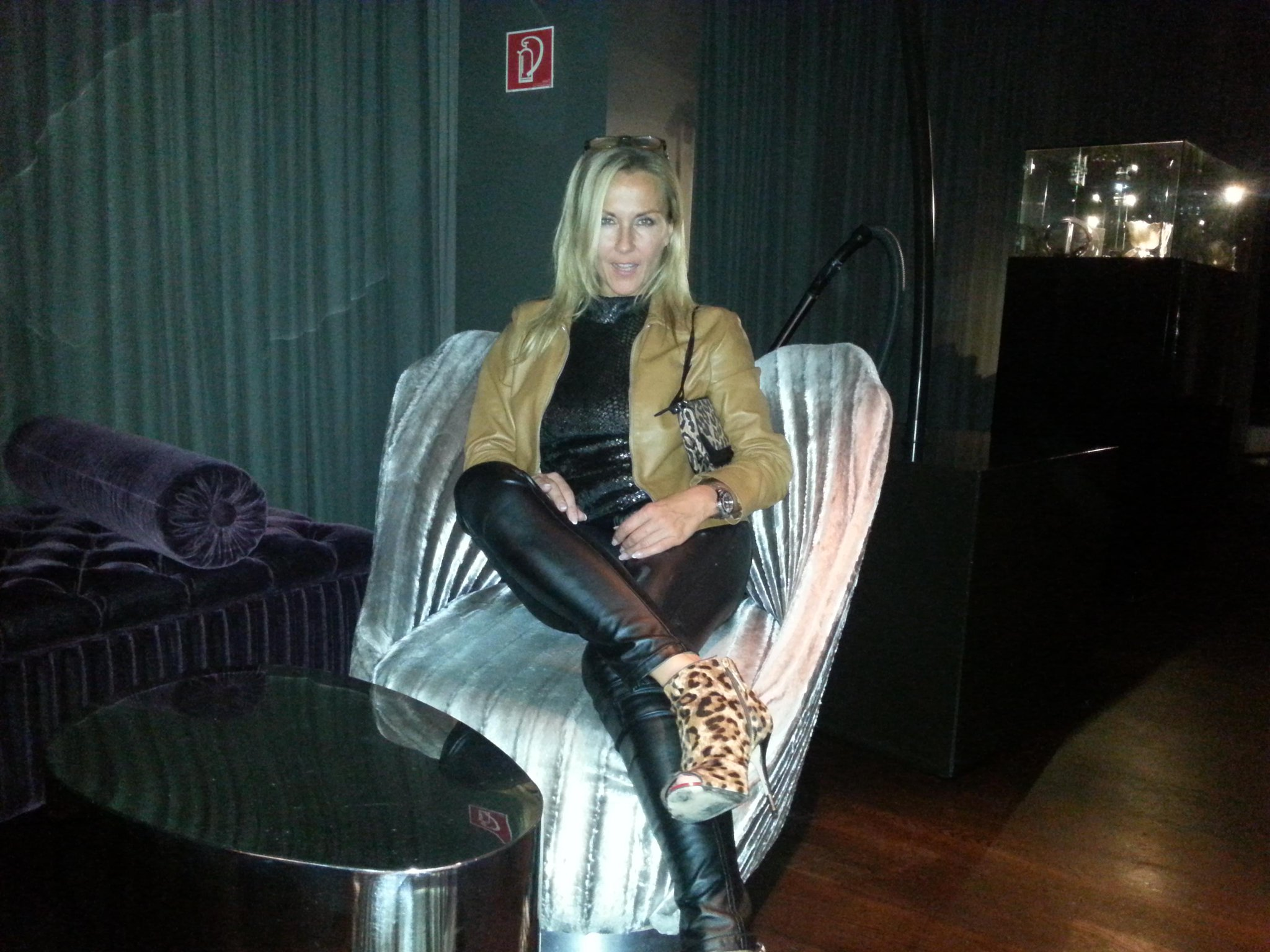 Comtesse-monique My Celebrity: