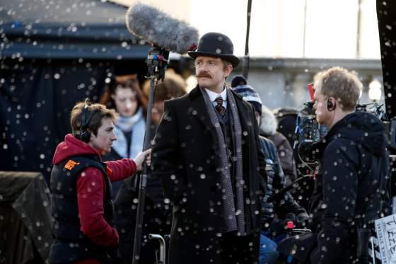 傑作ドラマ「SHERLOCK」特別編の予告編が公開。原作と同じ19世紀ヴィクトリア朝時代を舞台に、シャーロック・ホームズ&ワトソンの名コンビが難事件に挑む。12月に全米放送。