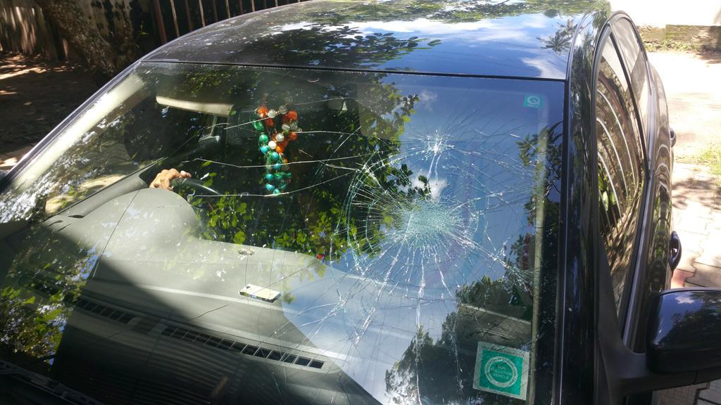 Attack on me & Car got smashed..raising slogans for Beef Festival in Kerala. DYSP Police registers FIR http://t.co/GuOXYaVBjP