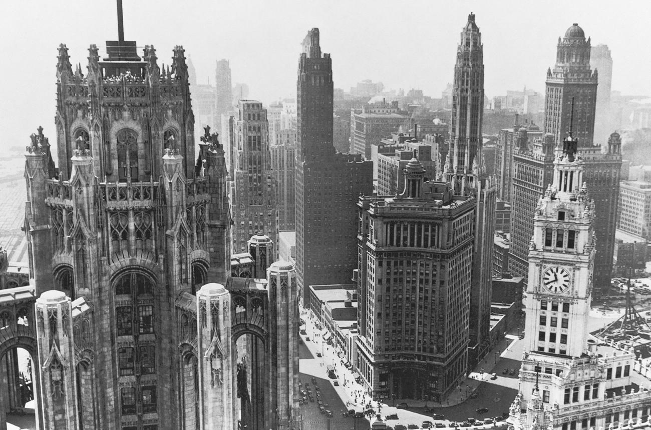 """Historic Chicago Architecture skyline architecture on twitter: """"chicago, back in the day! #tbt"""