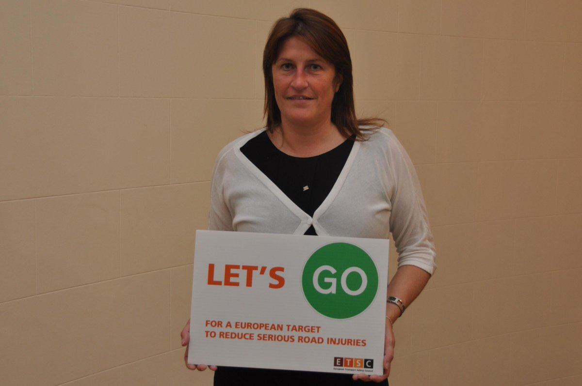 Thank you @jgalant74, BE transport minister, for saying #LetsGo for an EU serious road injury reduction target. http://t.co/RJTRTCcCkb