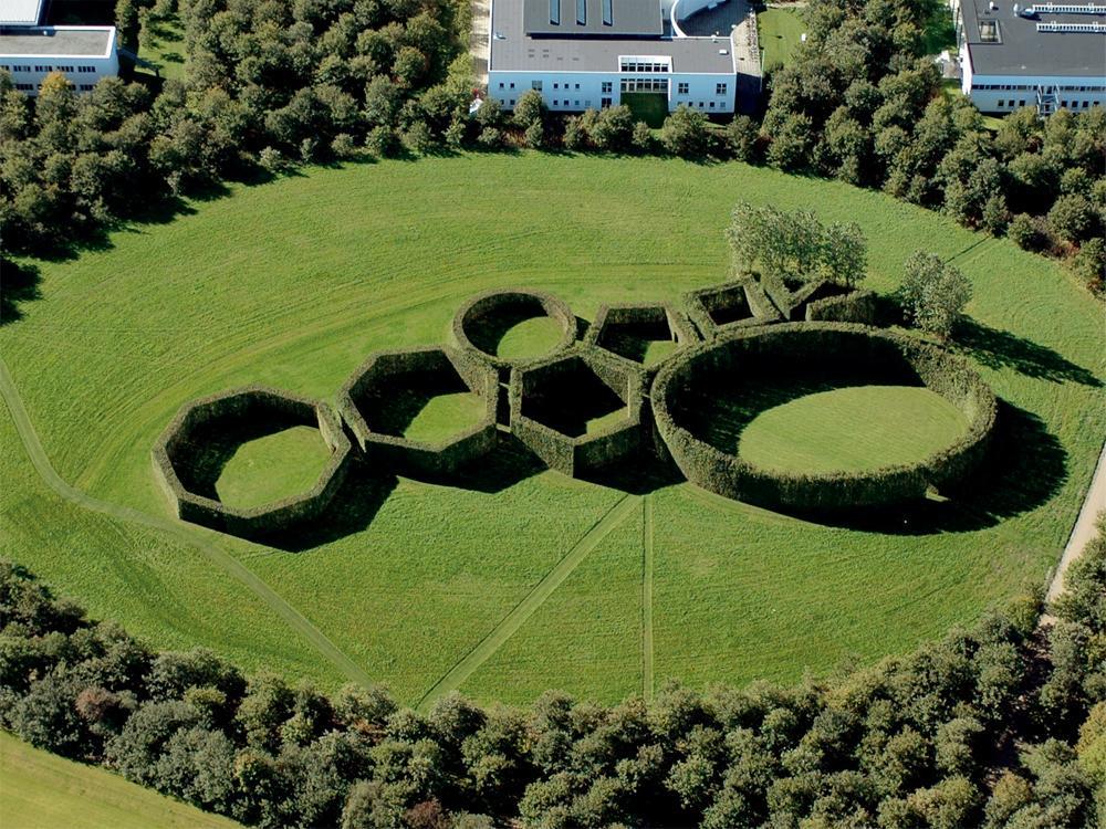 Ra l vilar on twitter el jard n geom trico de for Jardin geometrico