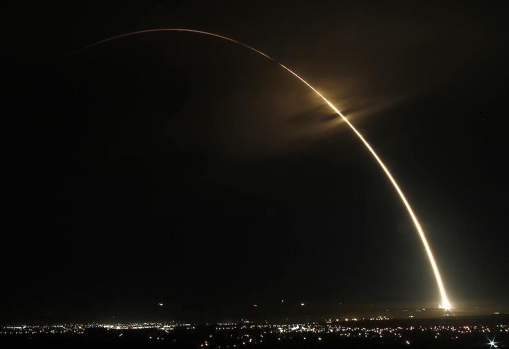 Atlas V 401 (NROL-55) - VAFB - 8.10.2015 CQy_59OWsAA-bkg
