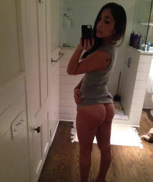 naked Booty teen ameture