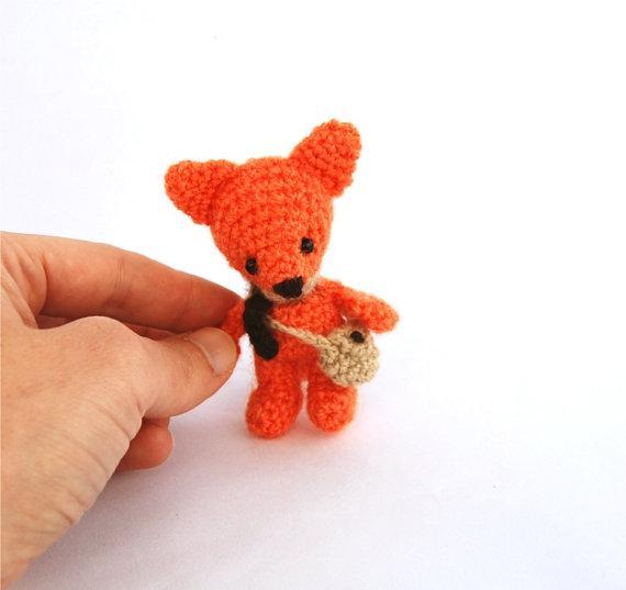 0-tiny-fox-in-dress-free-crochet-pattern – Your Crochet | 537x570
