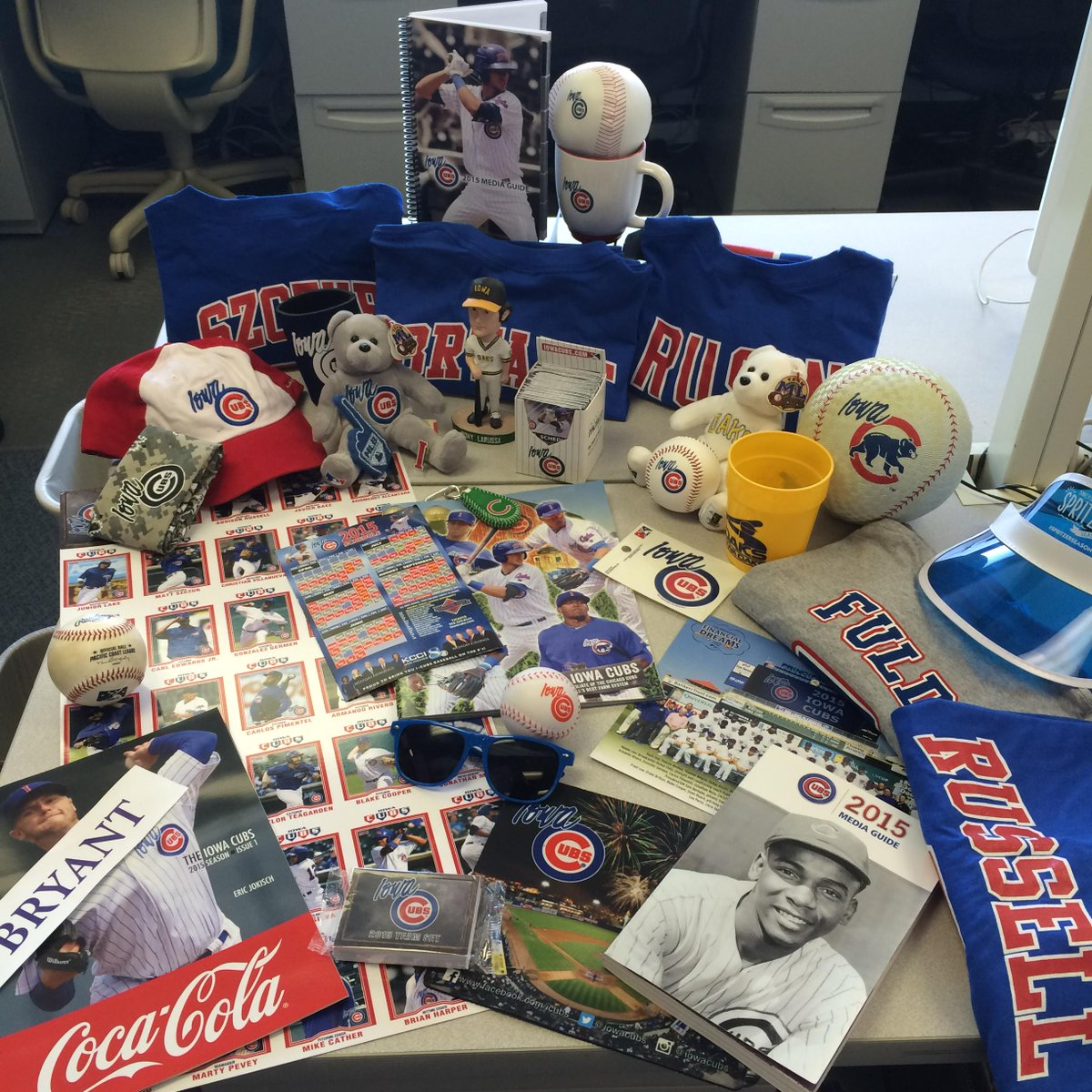 We're almost at 40,000 followers! Help us get there by giving us a RT to enter to win this 40-item prize pack! http://t.co/i9YfHPKyvR