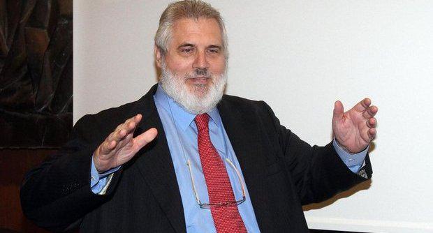 Tra gli indagati il vicepresidente di Unicredit Fabrizio Palenzona.