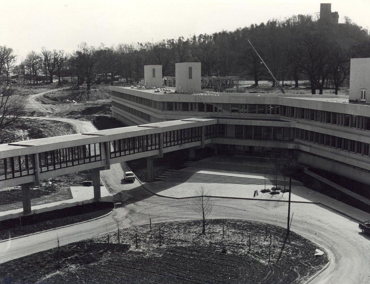 "University of Stirling on Twitter: ""#ThrowbackThursday to a view of Queen's  Court & the Cottrell Building under construction, thanks to  @unistirarchives http://t.co/D7UG2CQFRu"""