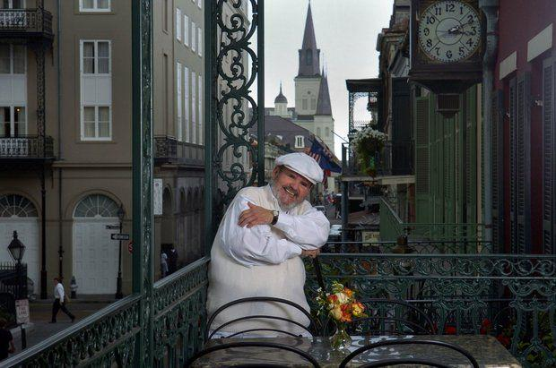 Internationally known chef Paul Prudhomme dies at age 75 http://t.co/mni8rm06ek http://t.co/f2b2rSEfpR