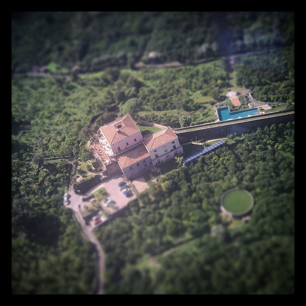 """Heli view"" Sicilian #dreamvilla immersed in lemon groves #wanderlust #hideaway #villa #si… https://t.co/knqBAAkOJs"