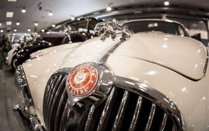 Boom di auto d'epoca sul web con gli italiani pazzi per il Vintage