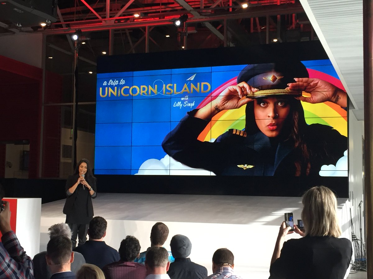 So proud of @IISuperwomanII and excited for @at2ui movie on YouTube Red! https://t.co/RGx4JYyxHp