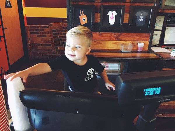We don't typically hire toddlers, but we might have to make an exception for our pal, Ollie! #OllieFromFreebirds https://t.co/ycRWfOqvnH