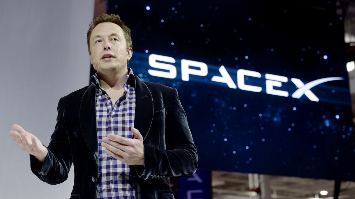 SpaceX faces class action lawsuit claiming violations of labor laws