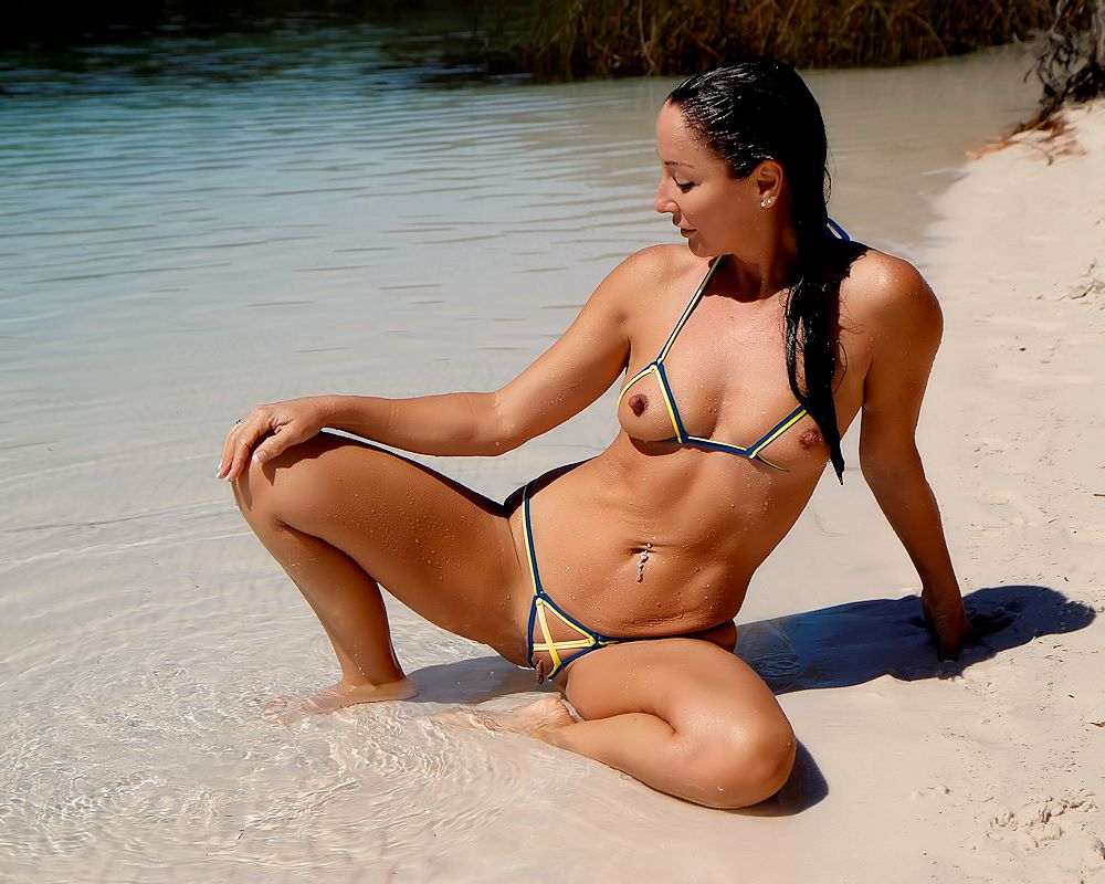 Bikini pics on hot
