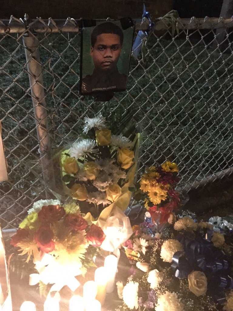 Moving memorial for #NYPD PO #RandolphHolder in #EastHarlem Live report coming up #abc7ny