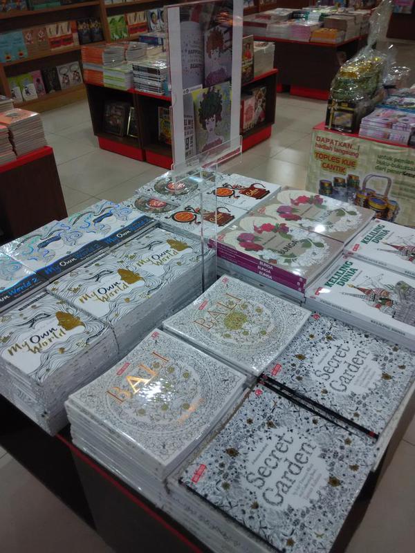 MyOwnWorld 1 2 Coloring Book Terapi Warna Anti Stres Tersedia Di Gramedia Cc Gramedmatraman Gramediadepokpictwitter Ohs0Ae5roM