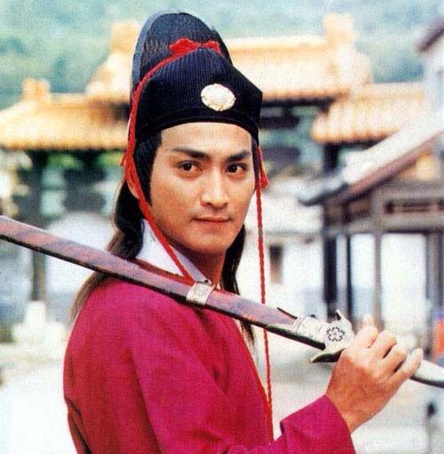 หนังจีนสมัยก่อน ถ้าเอาหงอคงมาปะทะจั่นเจาคือกูเลือกไม่ได้ฮะ หล่อทำลายไตทั้งคู่ #ยืมรูปจั่นเจาจากน้องเงม https://t.co/OeZesuSWPA