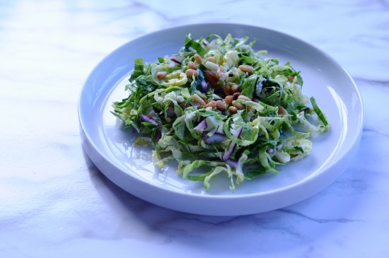 YUM! Love this shaved #brusselssprouts #recipe from @OrganicAuthorit  https://t.co/hN7XeEq0rT https://t.co/ew9b8Sl3P9