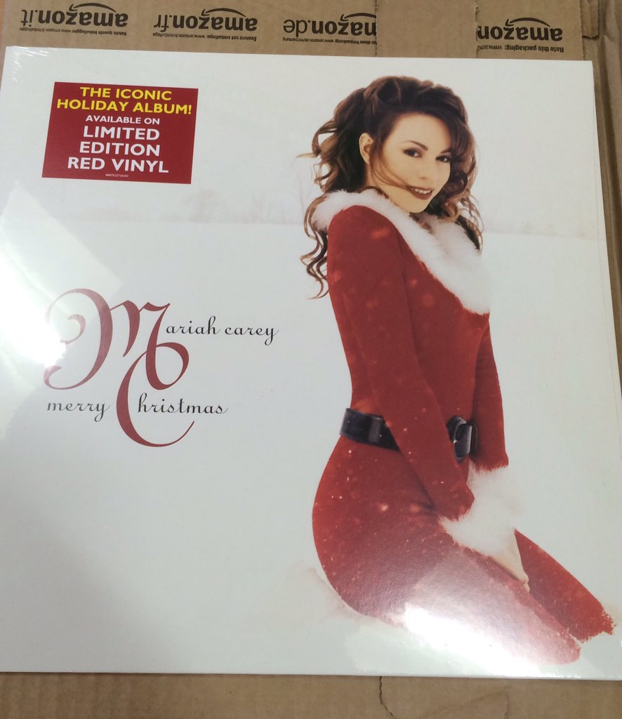 All I Want for Christmas Is You - Page 3 CR70o-5WsAA4pMZ
