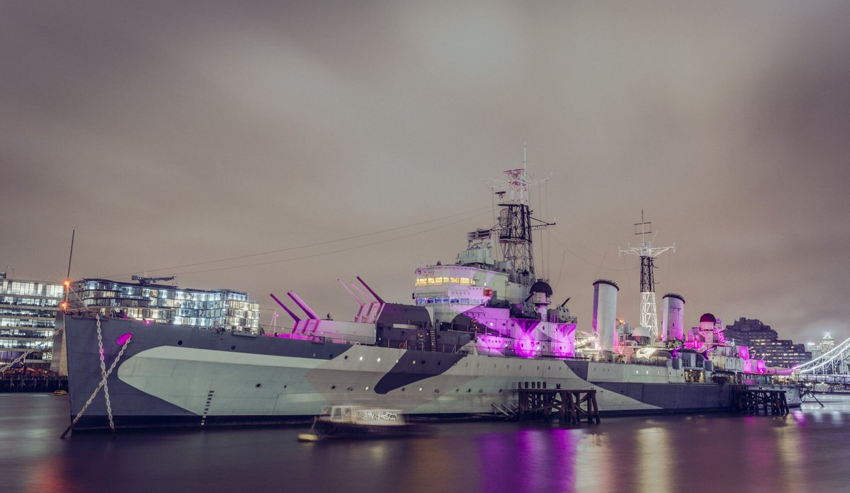Last night #HMSBelfast shone in pink to support @breastcancernow's #wearitpink campaign: https://t.co/c3fb0NhUds https://t.co/jKhCKRYtBm