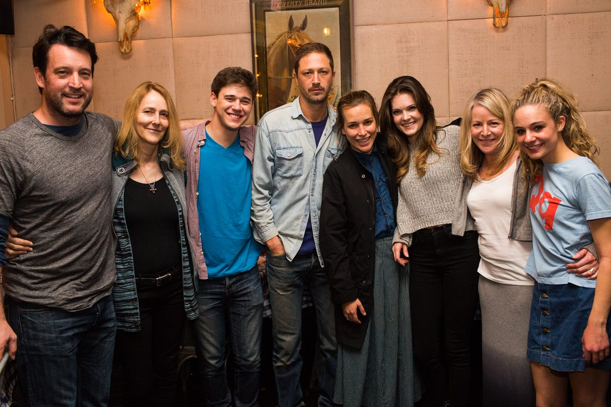 We had a BLAST celebrating last night's first preview of #LostGirlsPlay! https://t.co/MZWz7Mwop4