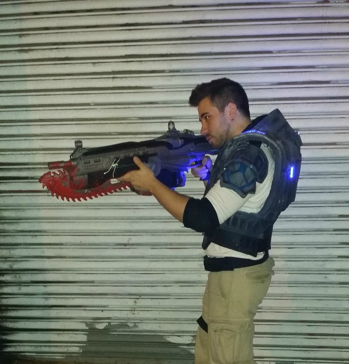 gears of war on twitter awesome jd cosplay from gears 4 by