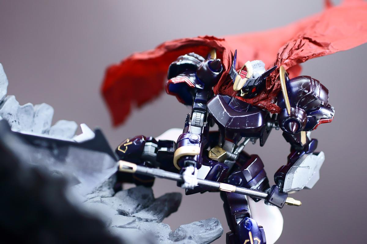 HGバルバトス改造、「鉄血のバルバトス」完成! シルエット公開当初自分が想像していた重厚な騎士っぽいイメージで作ってみました #ガンプラ #g_tekketsu