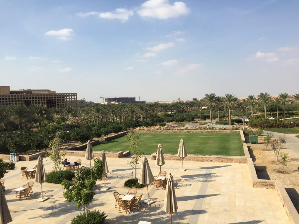 The view of the AUC gardens on top of Moataz Al-Alfi Hall is breath-taking. #JRMC2202 #JRLWeb http://t.co/KjpfGVUfbW