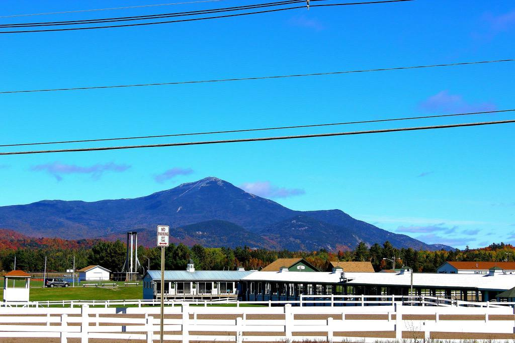@LakePlacidAdk  two shots I got of one of the most beautiful places on the planet. #fall #NY #LakePlacid #SkiJump http://t.co/pyWpbEzKj9
