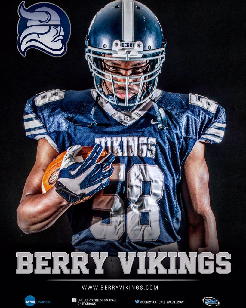 Berry Football On Twitter Berry Defeats University Of Chicago In